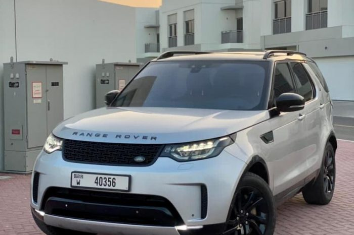 Rent Range Rover Discovery V6 2021